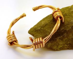 M63: Magnetic Copper Barbed Wire Bracelet